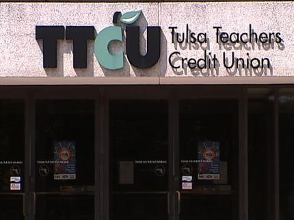 Tulsa Police Investigating Possible Ring Involving Debit Card Theft
