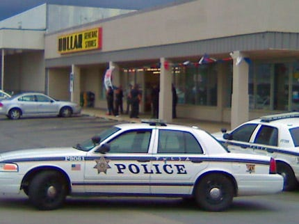 Tulsa Police Search For Dollar General Robbers