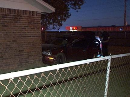 Broken Arrow Police Chase Suspect Tried To Sell Drugs To Undercover Officer