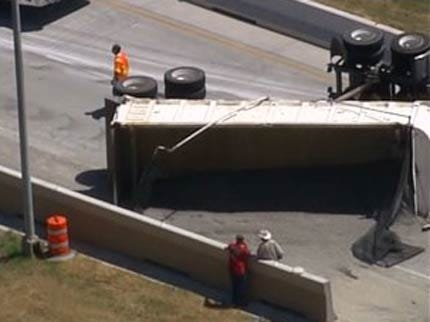 Dump Truck Wreck Shuts Down An Exit On I-244 In Tulsa