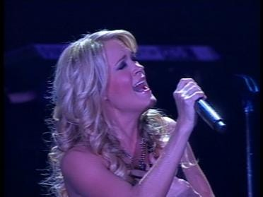 Checotah Native Carrie Underwood To Host CMA Awards Show