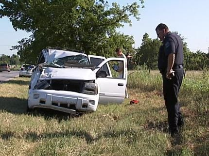 Neighbor: Wreck On Tulsa's Lynn Lane Demonstrates Road's Danger