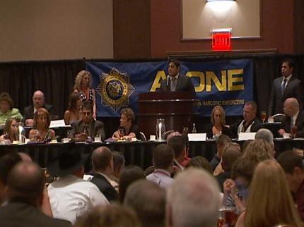 Oklahoma Narcotics Officers Sharpen Skills At Tulsa Conference