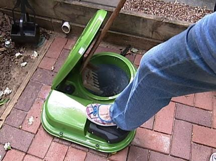 Tulsan Has Outdoor Toilet - For The Dogs