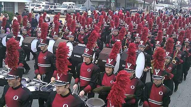 Green County Residents Love A Parade This Holiday Season