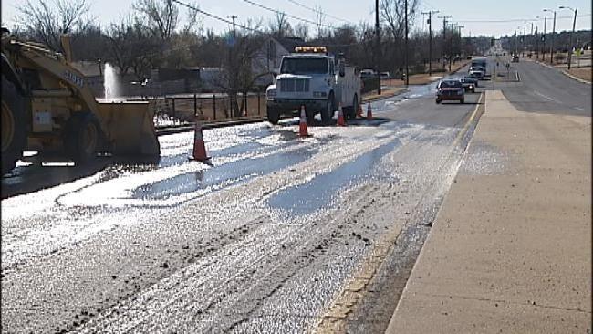 Water Main Break Causes Icy Mess On Tulsa Street