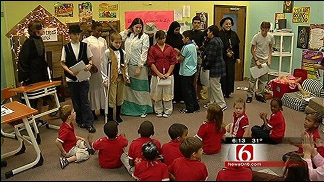 Christmas Carol Comes To Life For Tulsa School Kids