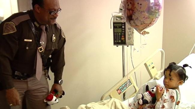 Santa Joins OHP Troopers On Visits To Children At Tulsa Hospitals