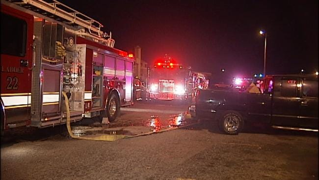 No One Injured In Early Morning Tulsa Apartment Fire