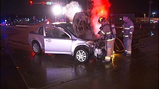 Tulsa Police Officer Witnesses Red Light Crash