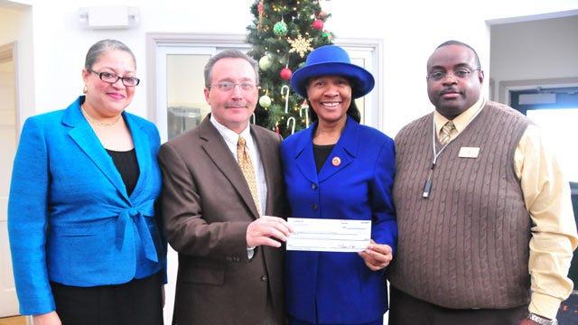 Sodexo Gives Langston University $100,000