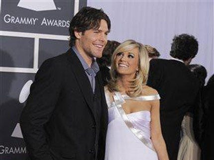 Oklahoma Native Carrie Underwood Ties The Knot