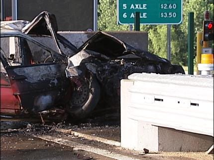 Good Samaritans Pull Teen From Fiery Crash In Broken Arrow