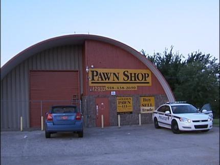 Burglars Steal Guns From Tulsa Pawn Shop