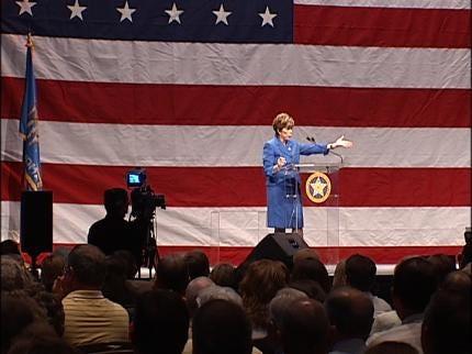 Sandy Garrett Gives Last Speech As State Superintendent At Tulsa Meeting