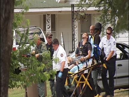 Bixby Police Attic Standoff Ends Peacefully