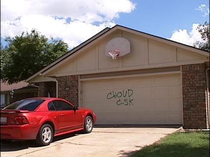 East Tulsa Graffiti Vandals Caught On Video