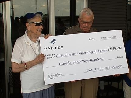 Tulsa Company Makes Donation To American Red Cross