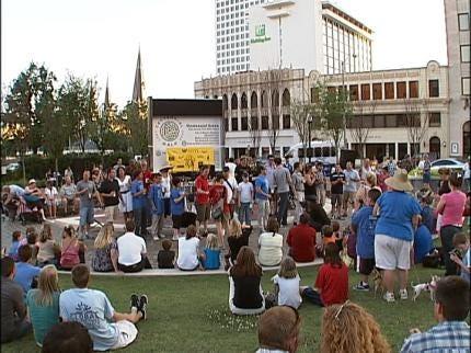 Salsafest Heats Up Downtown Tulsa