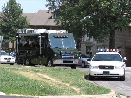 Tulsa Police Standoff Ends With Arrest Of Home Invasion Suspect