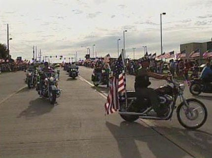 Hundreds Turn Out To Honor Owasso Soldier Killed In Afghanistan