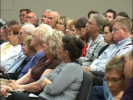 Tulsa Residents Voice Opposition To New Apartment Building