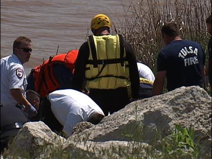Tulsa RiverParks Stresses Boater Safety After Monday's Arkansas River Drowning