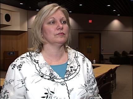 Oklahoma Health Department Urges Meningococcal Vaccine This Summer