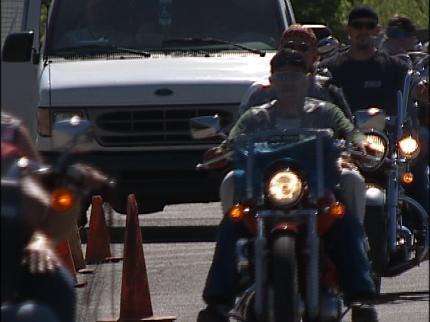 Tulsa Bikers Hit The Road To Honor Veterans