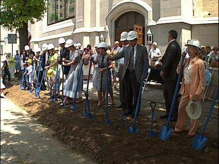 Tulsa Church Celebrates Anniversary, Ground Breaking