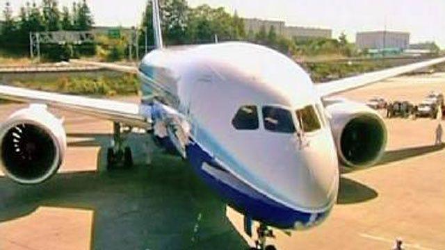 Boeing Delays Flights Of New 787 Dreamliner