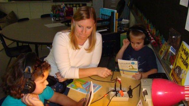 U.S. Cellular Helping Tulsa Area Teachers Fund Classroom Projects