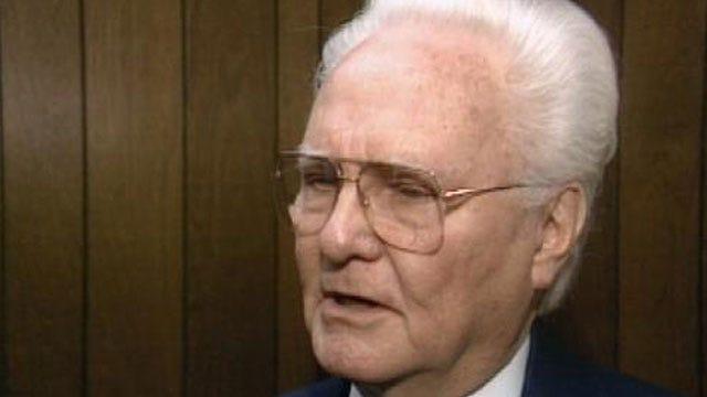 Pastor Emeritus Of Tulsa's First Baptist Church Dies