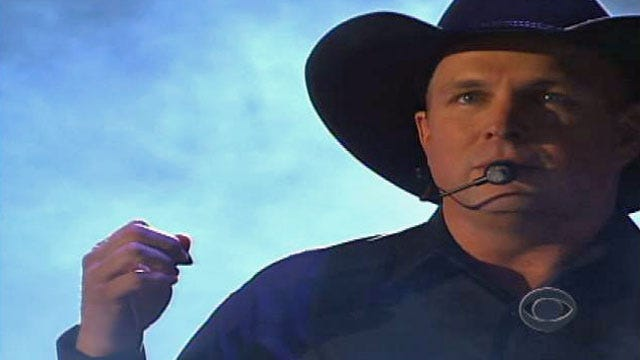Garth Brooks Says 'No' To iTunes