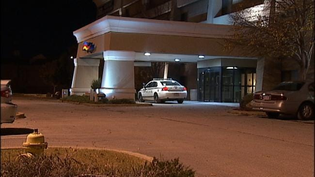 Tulsa Motel Robber Sought