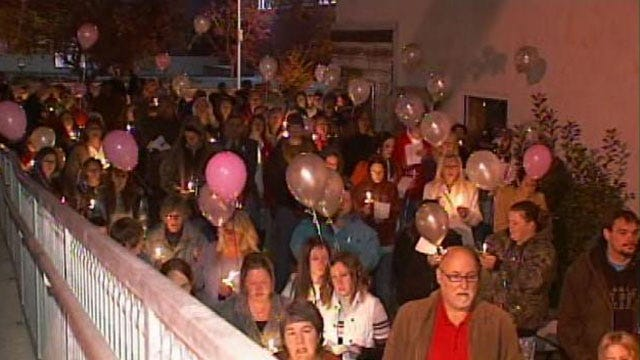 Bartlesville Infant Found Dead In Washing Machine Remembered In Candelight Vigil