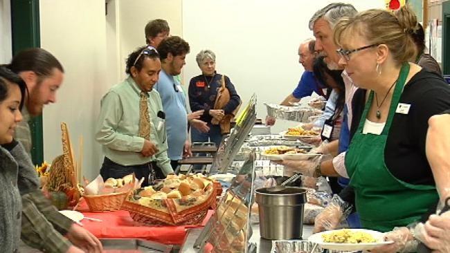 Tulsa School Kids Get Thanksgiving Feast