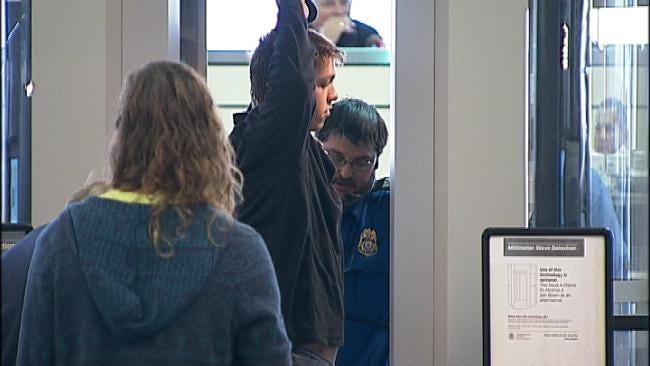 Thanksgiving Travel Rush Underway At Tulsa Airport