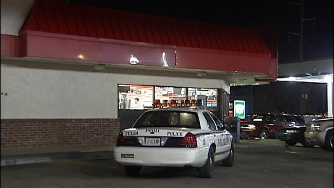 Tulsa Convenience Store Clerk Fights Back In Cigarette Robbery