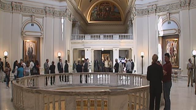 Oklahoma Lobbyists And Legislators Breaking The Law