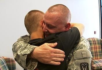Green Country Soldier Back On The Homefront Surprises Children At School