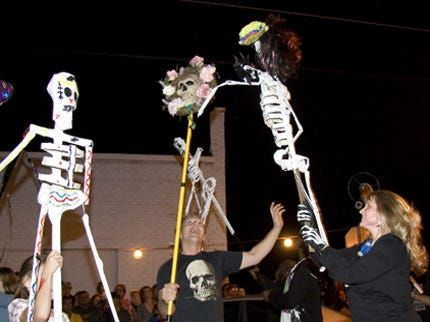 Honor Loved Ones, Fallen Soldiers At Tulsa Day Of The Dead Arts Festival