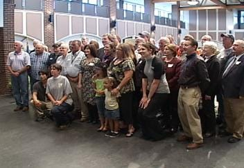 Mayor Dewey Bartlett Honors Tulsa Volunteer Workers