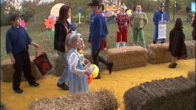 Towns Celebrate Halloween On Saturday