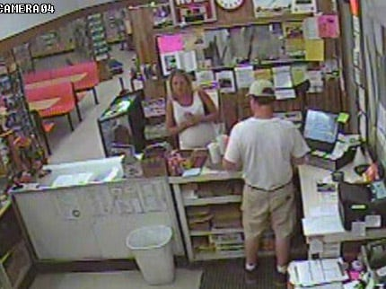 Tulsa Police Looking For Woman Passing Bad Checks