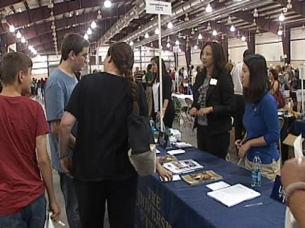 Hundreds Of Tulsa Area High School Students Attend College Fair