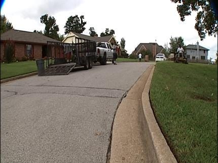 Tulsa Man Critically Injured Trying To Fight Off Thief