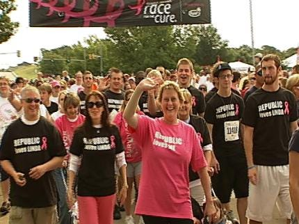 Tulsa Turns Pink With Komen Race For The Cure
