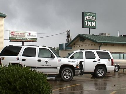 Man Checks Into Tulsa Motel After Being Shot By Sheriff's Deputy