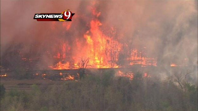 Green Country Firefighter Hospitalized After Battling Wildfire